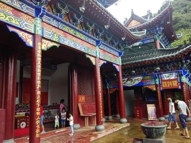 探寻总统屯兵遗址沾连升三级福气---鹿峰山游(2)