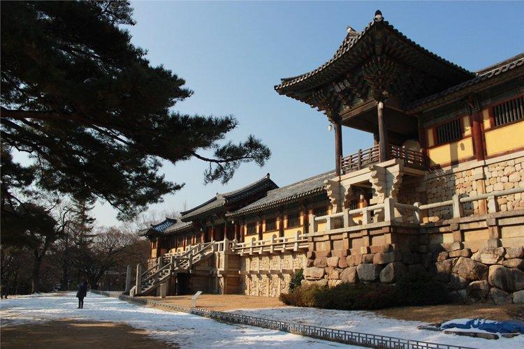 佛国寺的亮点是木结构建筑