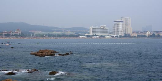 青岛 青岛啤酒博物馆 威海华夏城 烟台鲸鲨馆 蓬莱火车5日跟团游