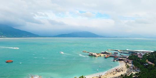 三亚日月湾风景区