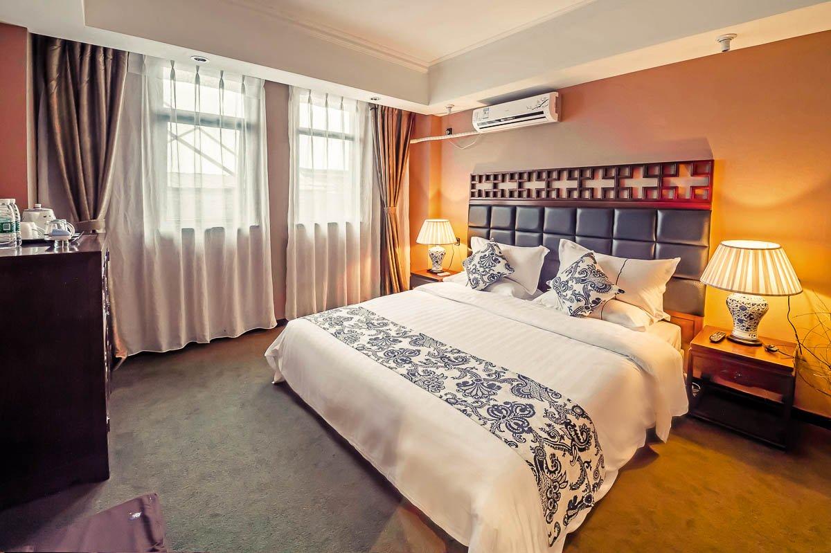 背景墙 房间 家居 酒店 设计 卧室 卧室装修 现代 装修 1200_799