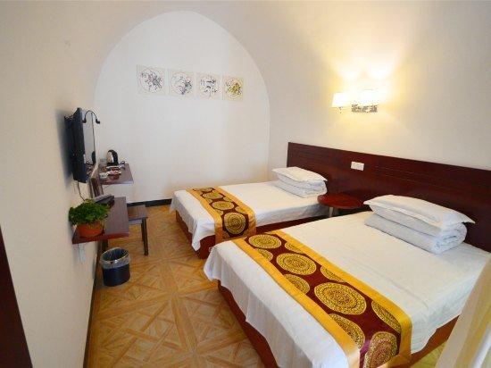 农村窑洞卧室装修图