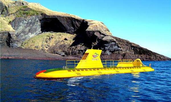 济州牛岛潜水艇