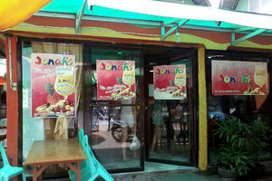 Jonah's Fruit Shake & Snack Bar