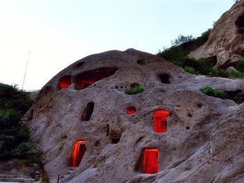 靠山崖建的房子 古代
