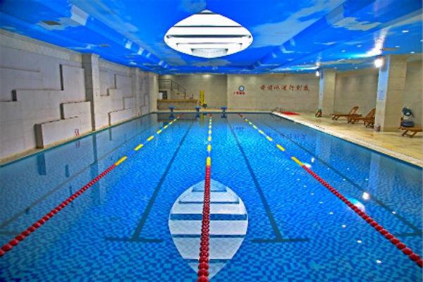 人济健身游泳馆