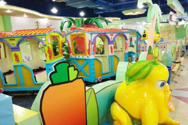"""重塑真正的主题亲子乐园形象,打破传统的""""淘气堡——游戏机"""