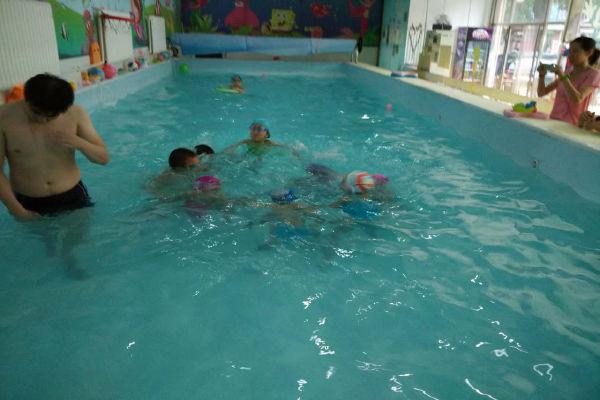 维尼宝贝儿童游泳馆