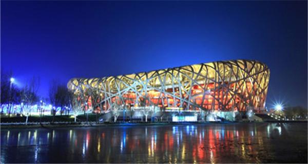 北京登八达岭长城逛八达岭奥特莱斯一日游北京出发高清图片