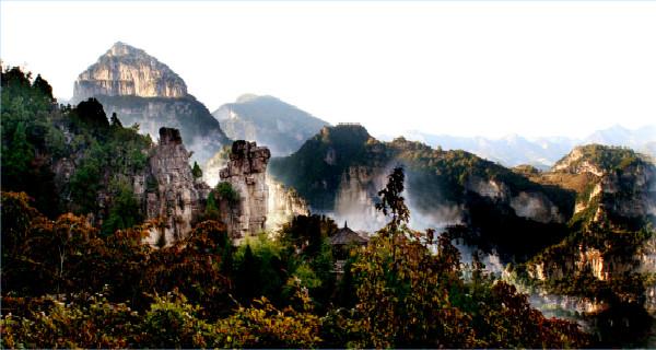八泉峡天空之城