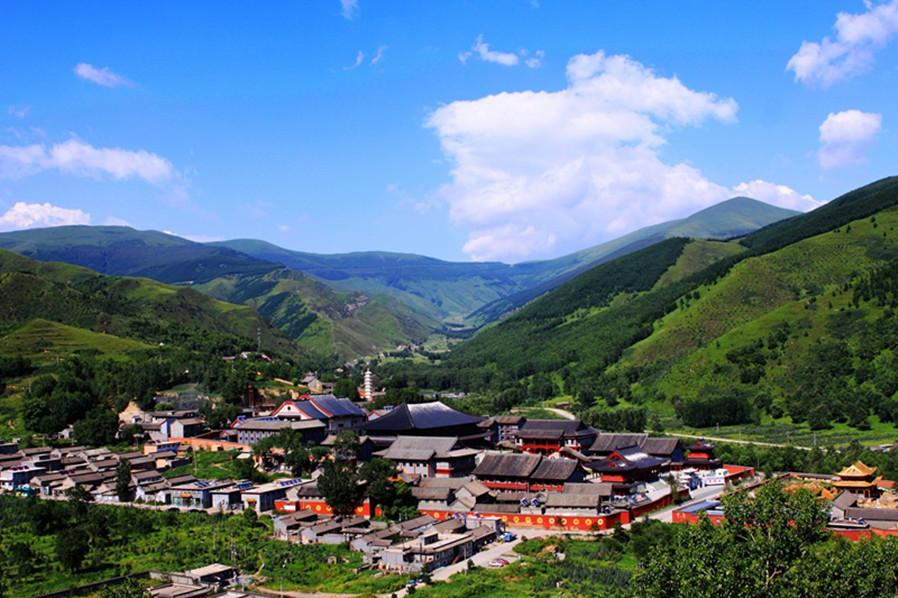 五台山门票 五台山度假宾馆住宿一晚 含早 送中心景区中的两个景点