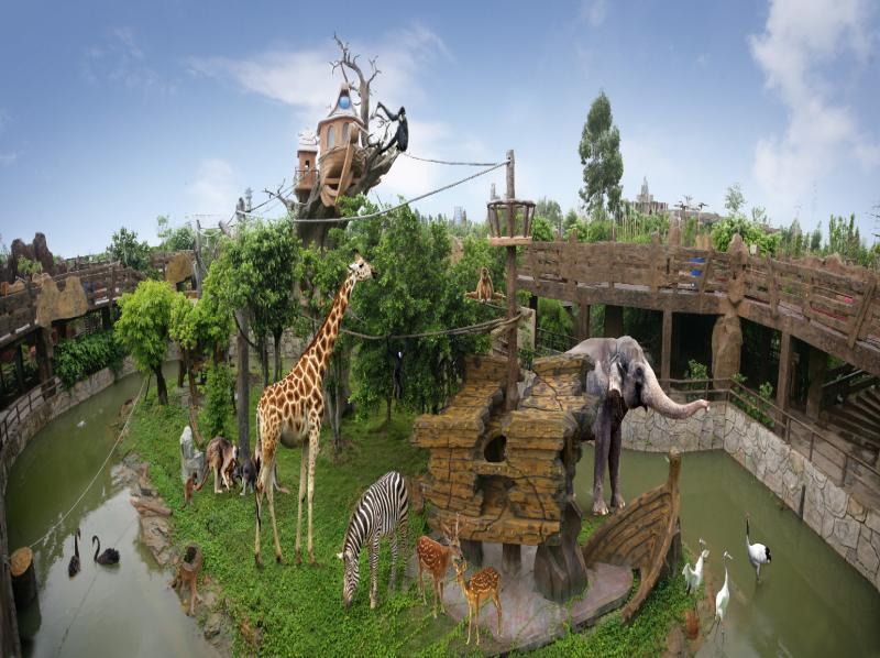 物主题公园包括汇集多个美丽童话故事构造的童话动物世界和海陆空动物