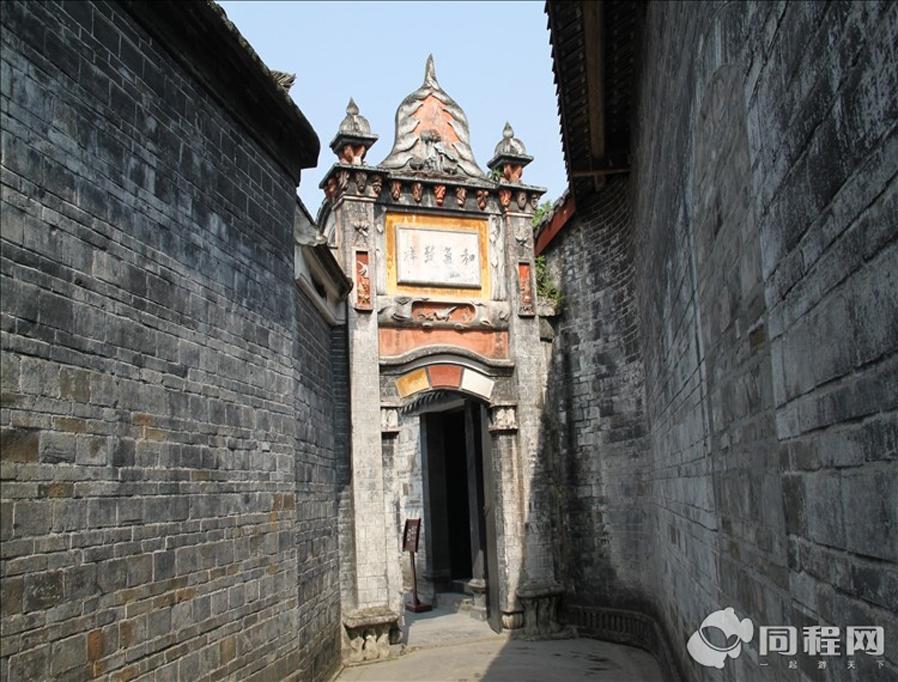 一晚 含双早 安仁古镇 刘氏庄园博物馆 建川博物馆聚落 成都普罗旺斯