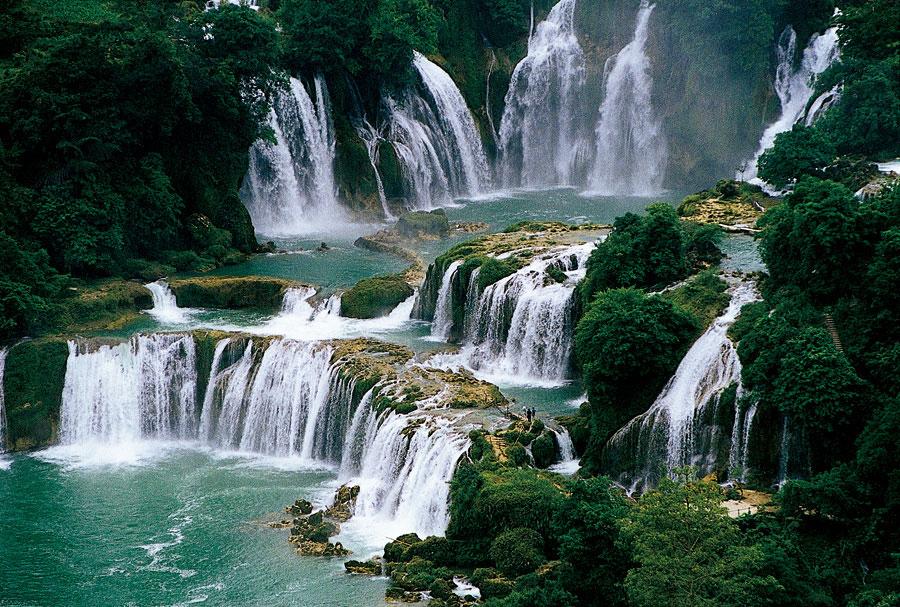 壁纸 风景 旅游 瀑布 山水 桌面 900_607