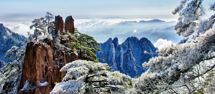 景点介绍 黄山风景区 黄山是国家aaaaa级旅游景区,五岳归来不看山