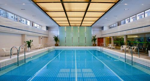 千岛湖海外海假日酒店,还可享免费健身房游泳池,还有渔乐圈100元鱼头
