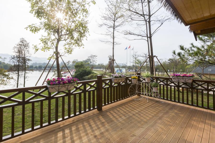 体验美的鹭湖汽车营地酒店,游美的鹭湖森林度假区【房车营地】