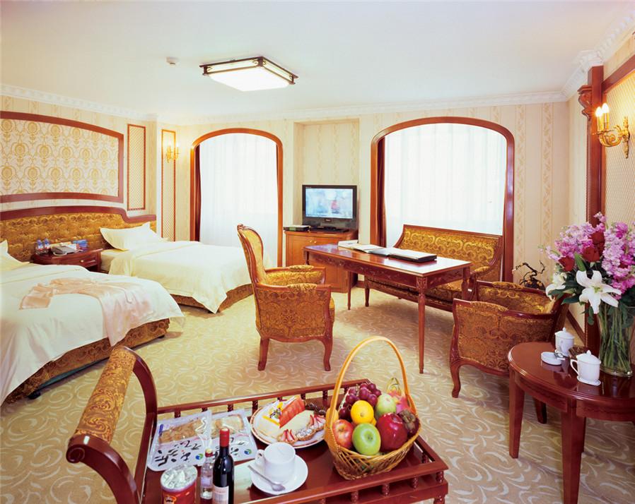 大连嘉信国际大酒店中西合璧装修风格的9间大小包间,精装素美.